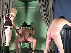 Two slaves punished