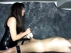 Slave gets dirty massage and milked